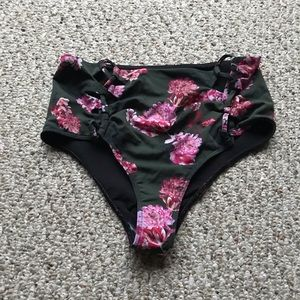 Beach riot bikini bottoms sz medium